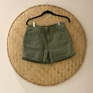 Woman's High Rise Army Green Cotton Shorts NWOT